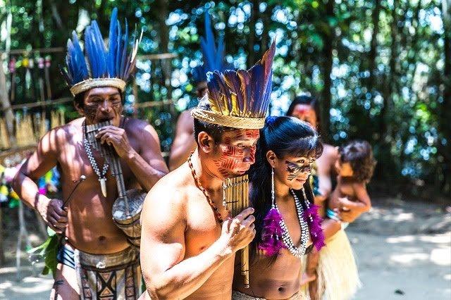 A cultura indígena é marcada por religiosidade, danças e lendas (Foto: depositphotos)