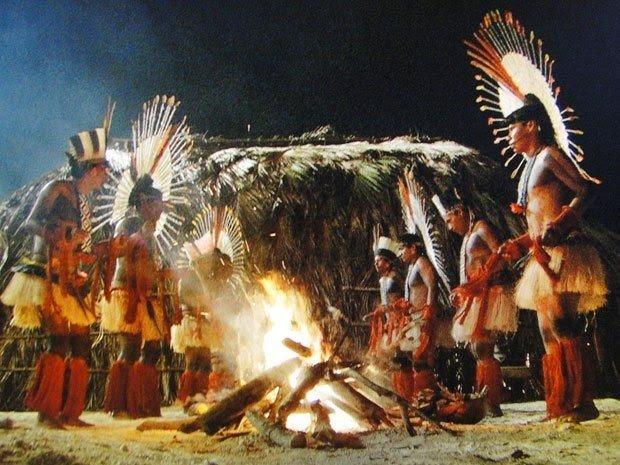 Ritual indígena (Fonte: Museu do Índio).
