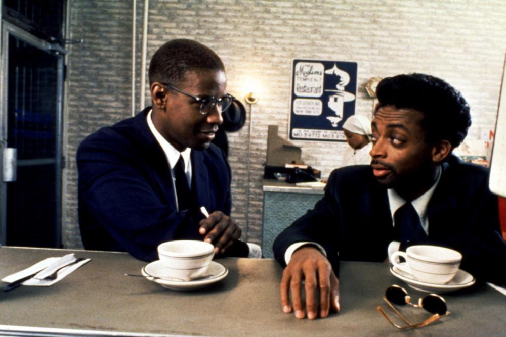 Lee e Denzel em Malcolm X (1992)