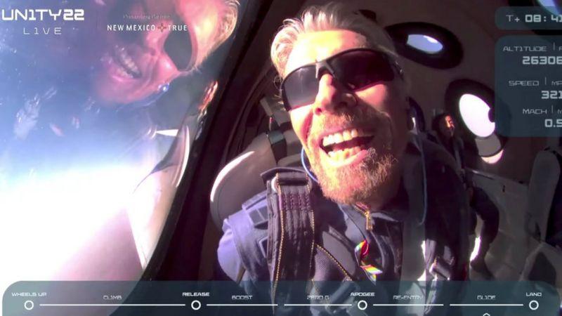 Bilionário Richard Branson em viagem ao espaço pela sua empresa, Virgin Galactic (Foto: Virgin Galactic)