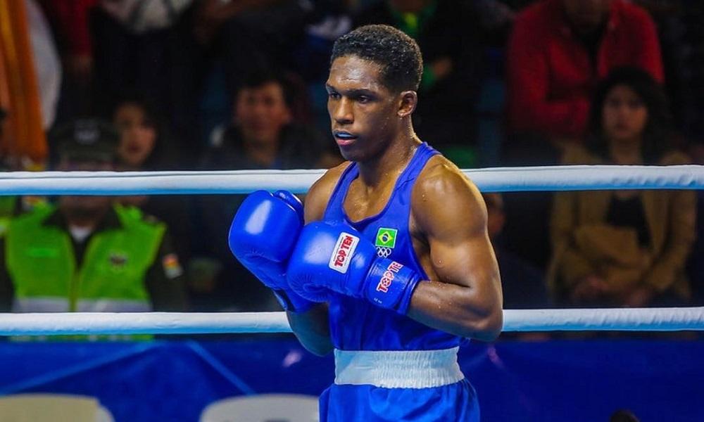 Luiz Fernando em luta no Mundial de boxe, em 2019. Foto: CCBoxe