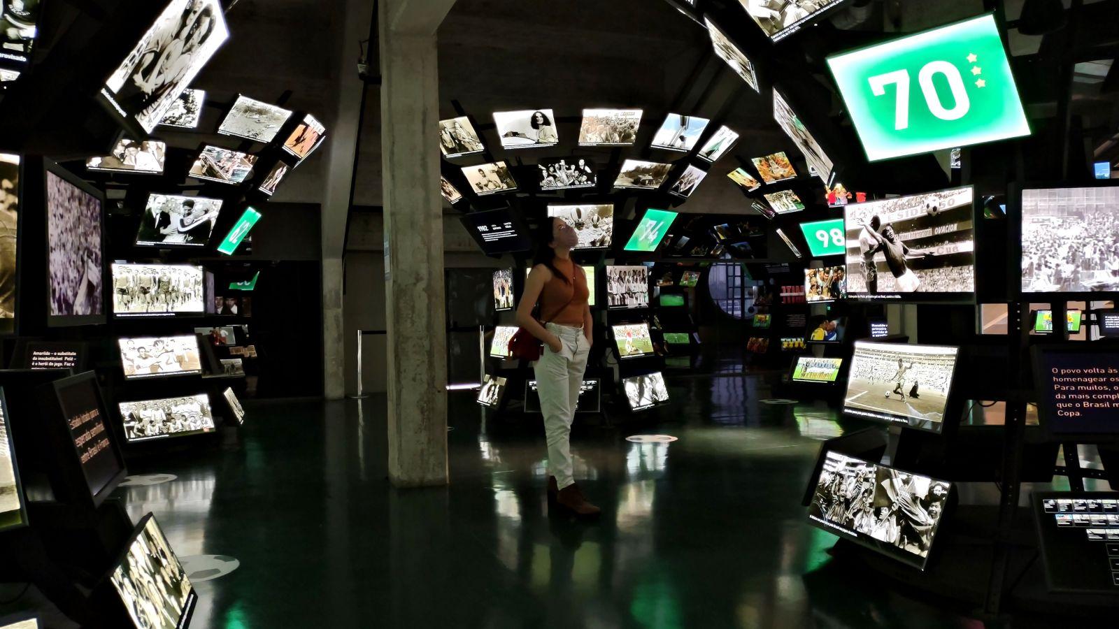 Sala Copas do Mundo no Museu do Futebol. (Foto por Dayane Cibelle)