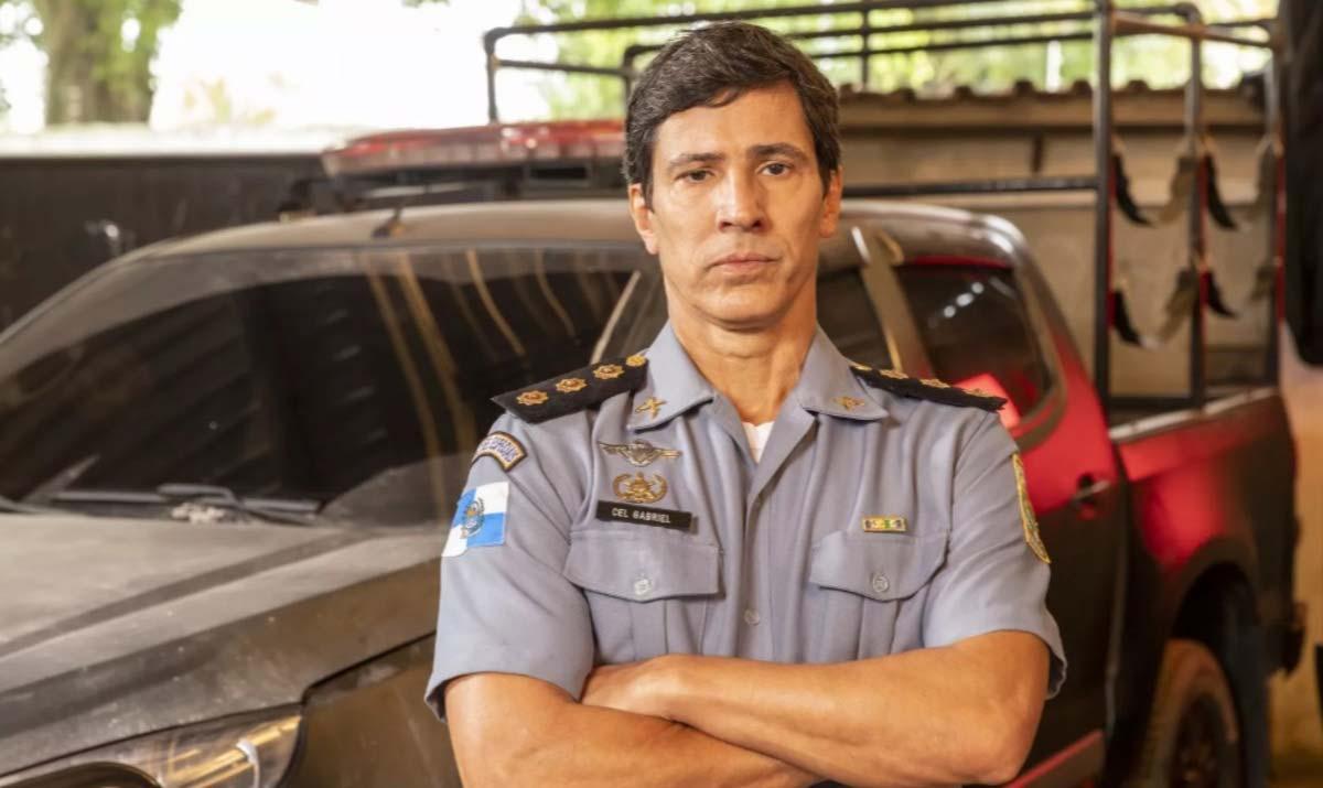 Leonardo Brício em Arcanjo Renegado (2020).