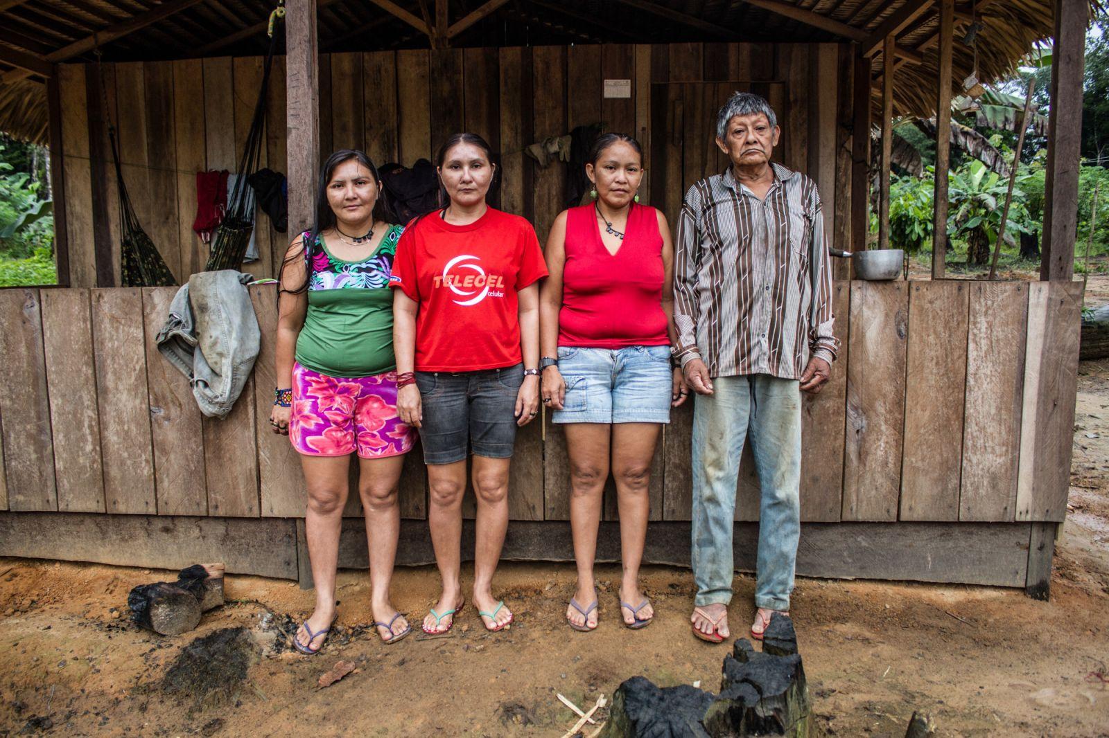 Aruká e suas três filhas: a última família.