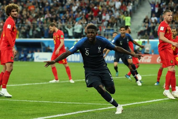 Umtiti comemora gol da classificação à final contra a Bélgica na Copa de 2018
