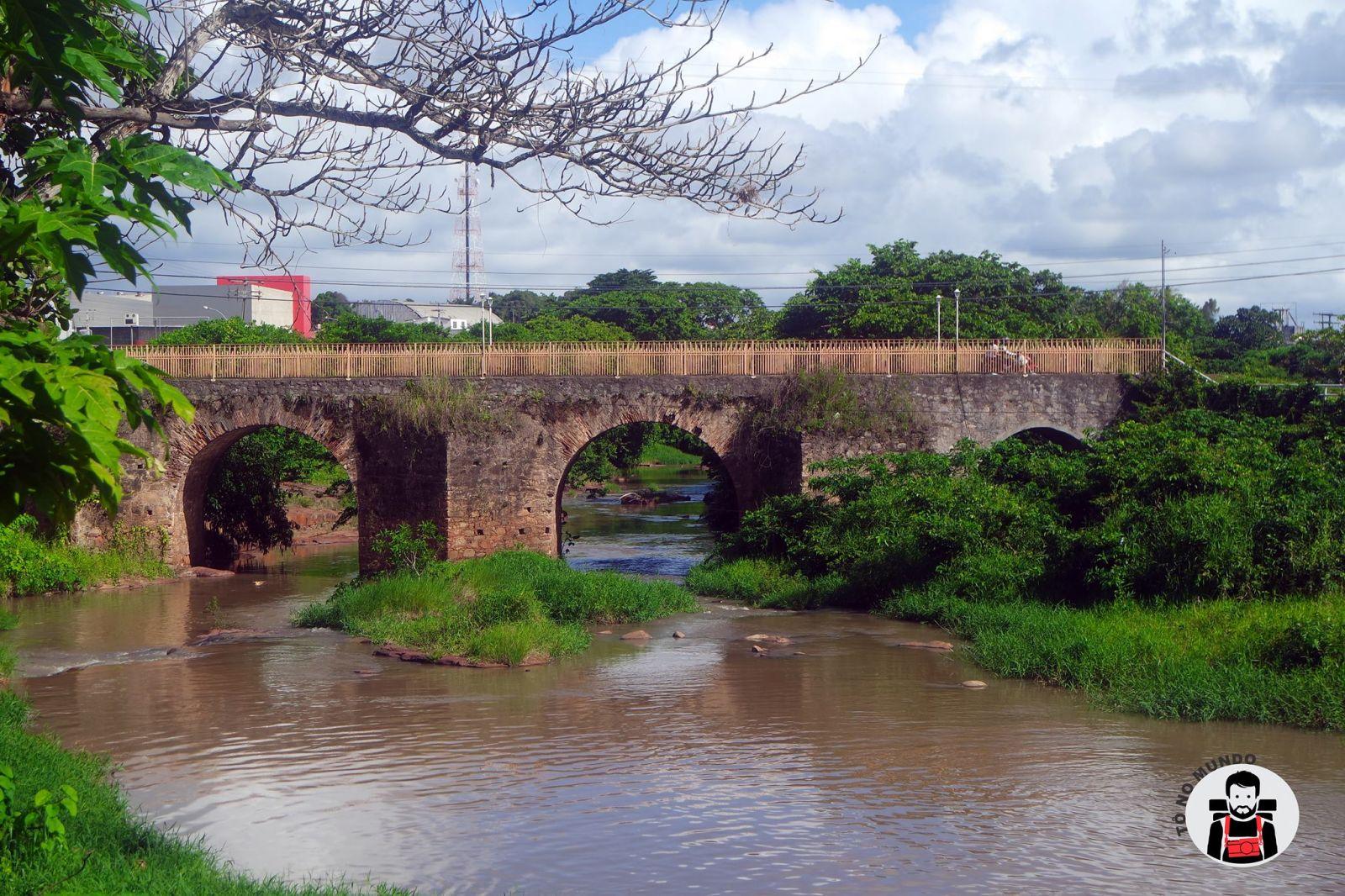Ponte da antiga fábrica. Foto: Infonet