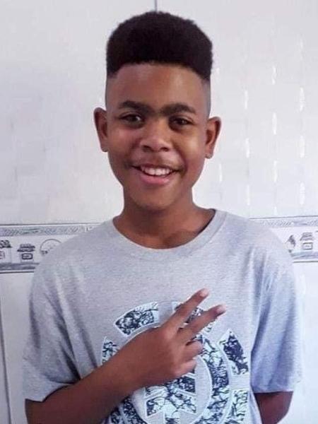 Jovem João Pedro// imagem retirada da internet