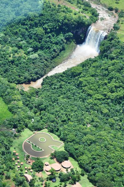 Vista aérea do Parque Natural Municipal Salto do Sucuriu