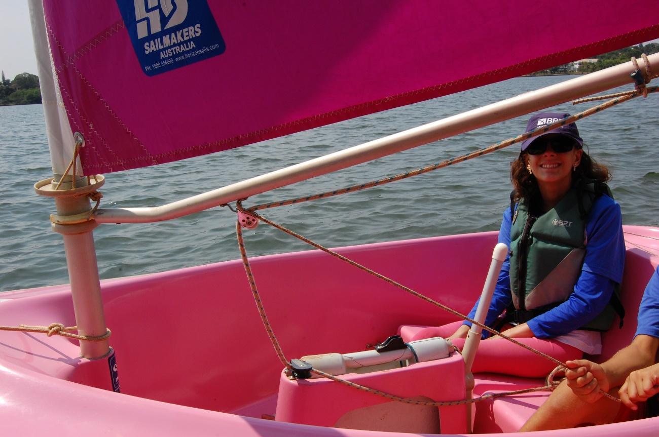 Beatriz Mendes em um dia de treino no Lago Paranoá | Foto: Mariana Albernaz
