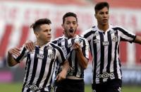 Com vantagem no placar, Santos recebe a LDU pela decisão das oitavas de final da Libertadores