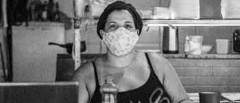 Governo Federal segue atrasado no combate a pandemia e autoridades impõem medidas contra o vírus