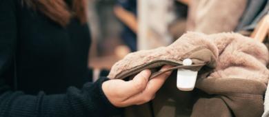 Cultura de herdar roupas: uma prática que traz inúmeros benefícios