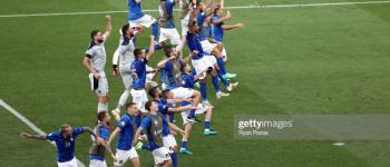 Itália vence Gales e assegura liderança do grupo A da Eurocopa