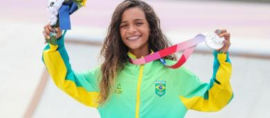 Rayssa Leal faz história e leva medalha de prata nas Olimpíadas