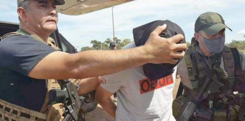"""Polícia do Paraguai entrega """"Bonitão do PCC"""" a Polícia Brasileira"""