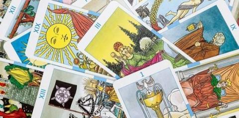 Tarô: O oráculo ajuda no autoconhecimento e conselhos do universo