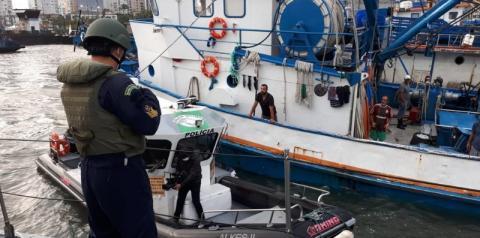 Porto de Santos é alvo de operação policial para coibir ações criminosas em embarcações
