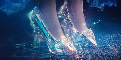 Conto atemporal | a história de Cinderela não se limita a perda de um sapato de cristal