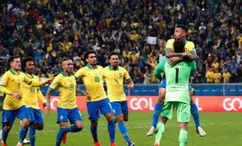 Nos pênaltis, Brasil despacha Paraguai e avança à semifinal