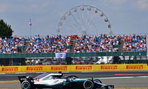 Lewis Hamilton é o favorito para vencer em Silverstone