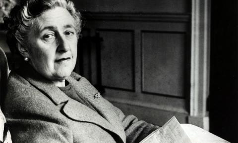 Vida e Obras de Agatha Christie