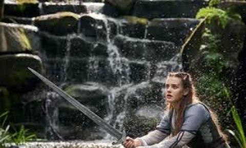 Cursed: Nova série da Netflix ganha imagens promocionais