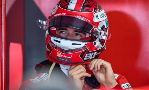 Ferrari negocia novo contrato com Charles Leclerc