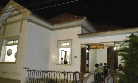Conheça a história do Café do Coroné