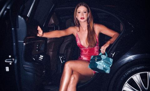 Marina Ruy Barbosa dá show de estilo e beleza durante lançamentos na semana de moda de Nova York
