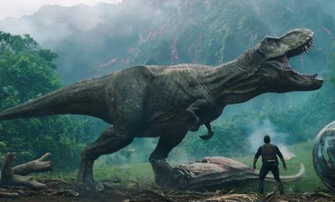 A volta do elenco do mundo dos dinossauros de Jurassic Word