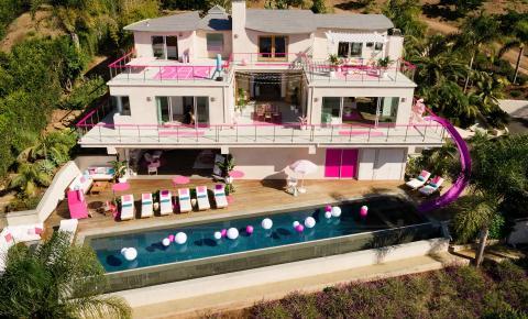 Casa da Barbie em Malibu poderá ser reservada para hospedagem