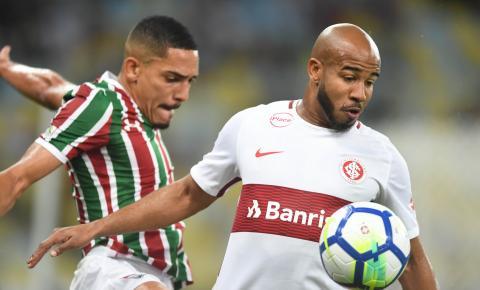 Para sair do sufoco, Internacional e Fluminense medem forças no Beira-Rio