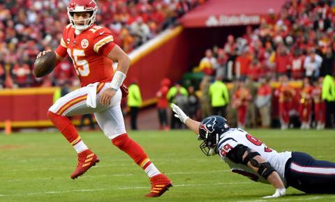 Finais de conferência da NFL estão definidas após confrontos eletrizantes