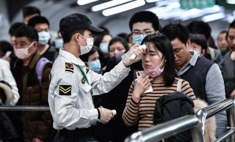 O coronavírus tem baixo risco para turistas?