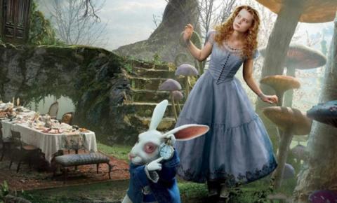Figurino de 'Alice In Wonderland' recria personalidades a partir das cores