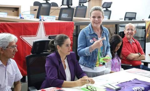 Deputada Federal Gleisi Hoffmann debate reforma da Previdência em Goiânia
