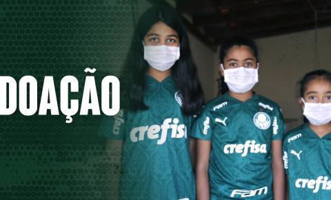 Palmeiras realiza ações sociais com doações e apoio a famílias