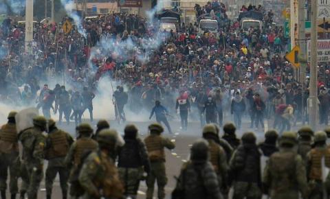 Equador e as décadas de crise: entendendo as raízes do problema