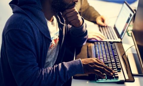 MEC dará até 40 GB de internet grátis para 400 mil estudantes