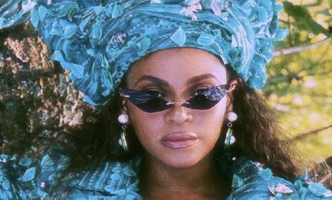 Beyoncé traz influencia da cultura africana através de figurinos do clipe Already