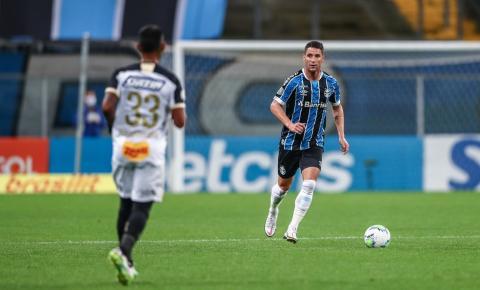 Grêmio rescinde contrato com Thiago Neves; jogador diz que não foi comunicado