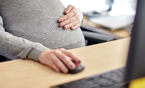 STF derruba trecho da Reforma Trabalhista que autorizava grávidas a trabalharem em condições insalubres