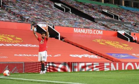 Manchester United recebe o Chelsea para o Campeonato Inglês