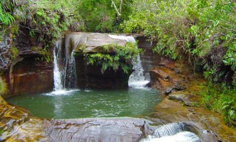 Minas Gerais: conheça famoso Poço do Coração
