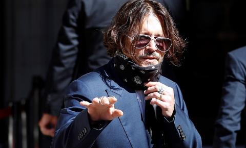 Johnny Depp é demitido da Warner