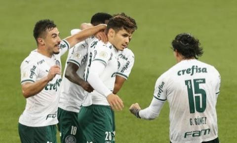 Após surto de Covid-19 em ambas as equipes, Palmeiras e Athletico-PR se enfrentam no Brasileirão