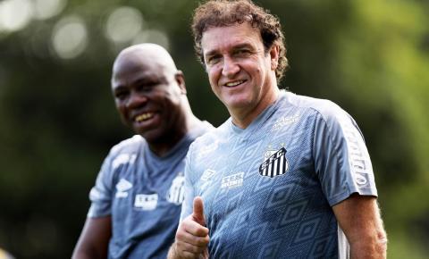 Em diferentes situações na tabela, Santos e Sport se enfrentam pelo Campeonato Brasileiro