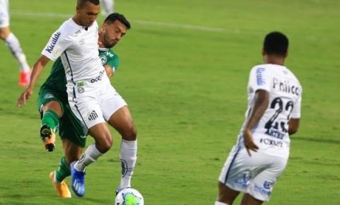 Com força máxima no Brasileirão, Santos enfrenta o Goiás