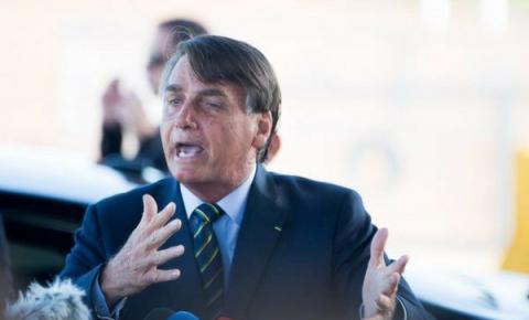 Ataques contínuos de Bolsonaro a imprensa desvalorizam a mídia