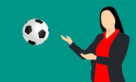 A mulher e o papel de não entendedora sobre futebol